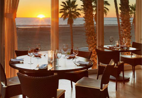 Catch at sunset | Photo courtesy of Hotel Casa Del Mar, Facebook